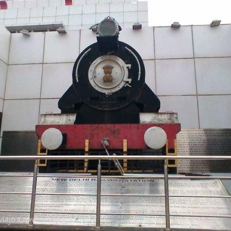 estacion-tren-nueva-delhi-india