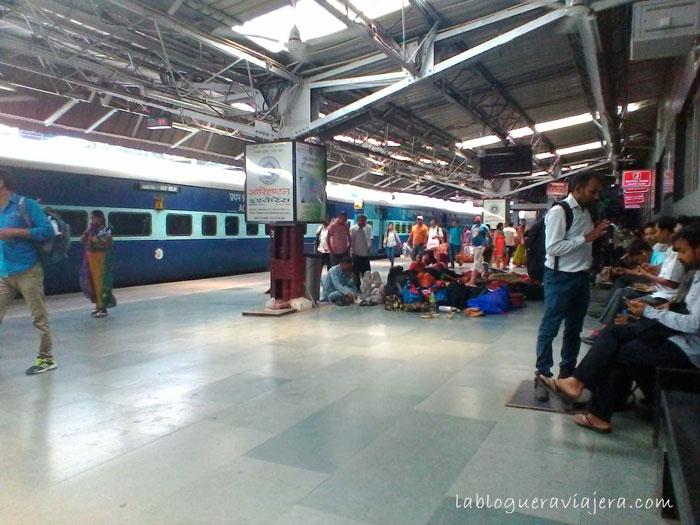 estacion-tren-india