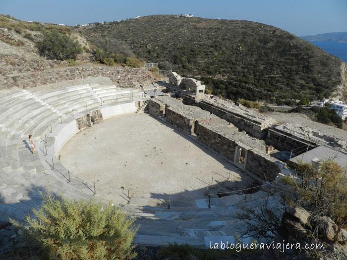 Anfiteatro-Romano-Trypiti-Milos