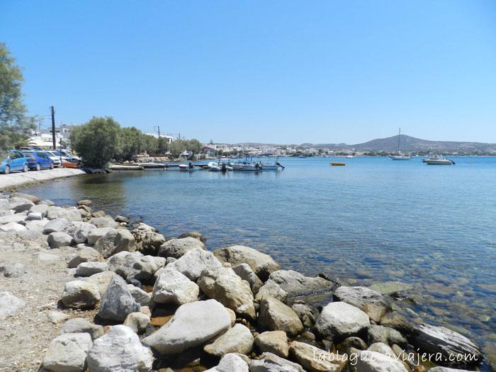 Bahia-adamas-Isla-griega-Milos
