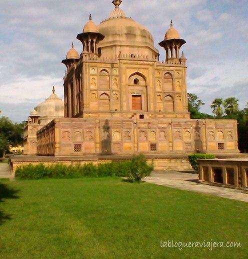 allahabad-tumbas-mogoles-india