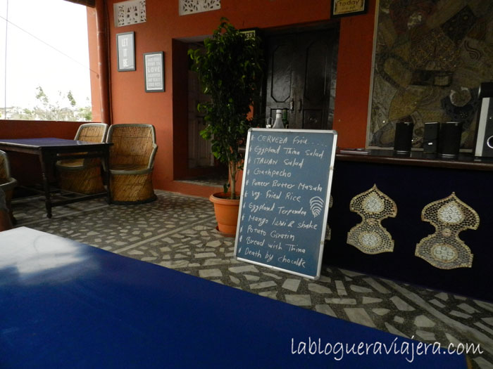 Laura-cafe-Pushkar-India