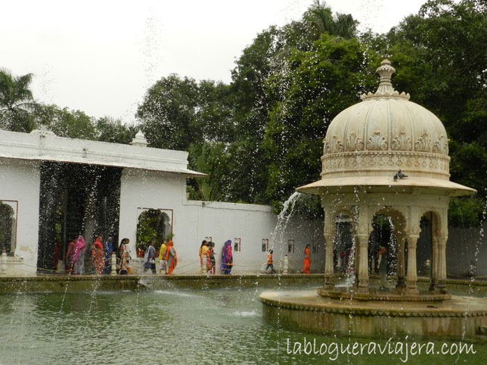 udaipur-Jardin-doncellas-India