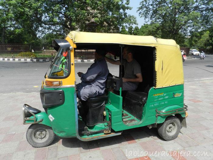 transporte-india-tuk-tuk