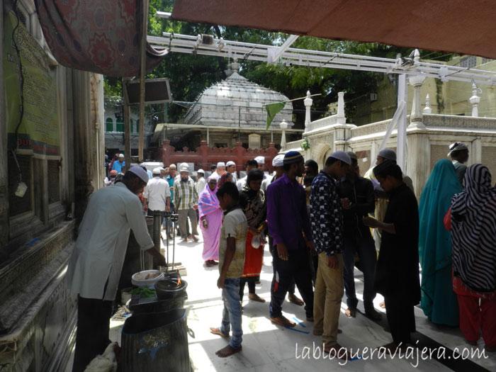 Santuario-Nizam-ud-din-Nueva Delhi-India