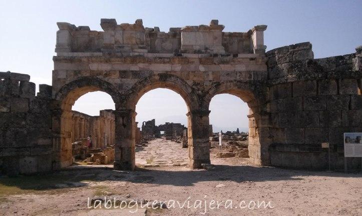 Pamukkale-hierapolis-turquia