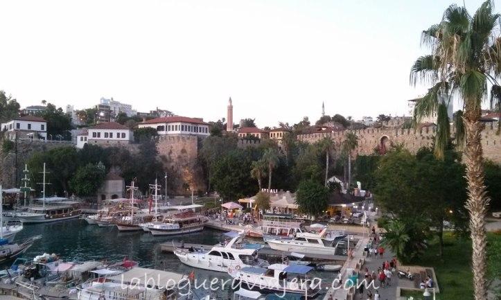 Antalya-riviera-turca-turquia