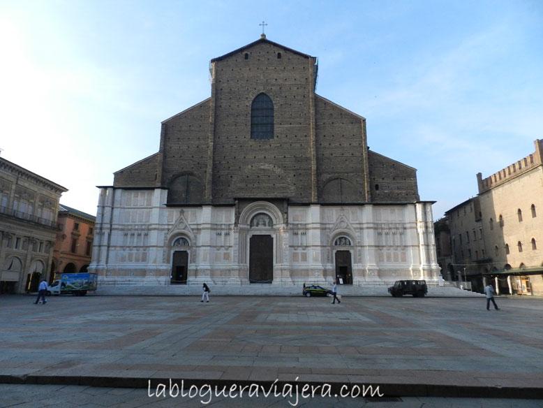 San-Petronio-Bolonia-Italia