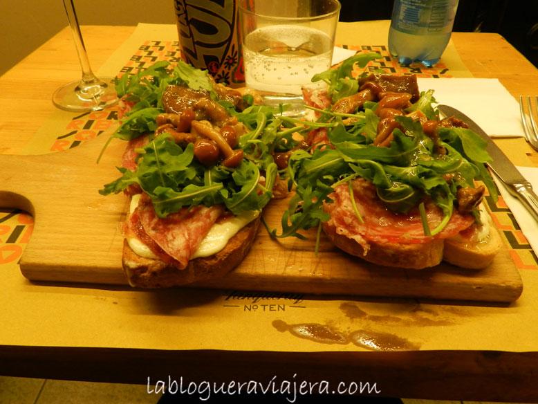 Crostoni-Mercado-di-Mezzo-Bolonia