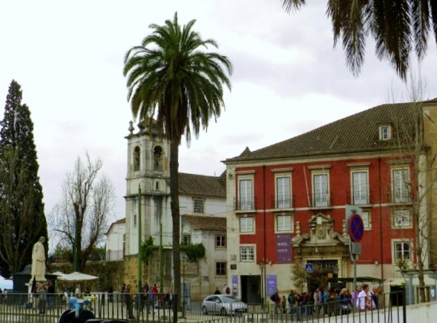 Barrio-Alfama-Lisboa-Portugal